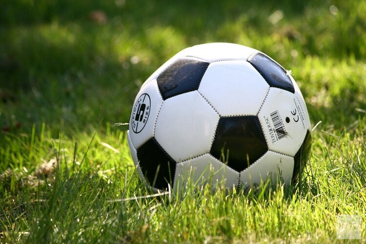 FC Castricum naar sterke winst in IJmuiden