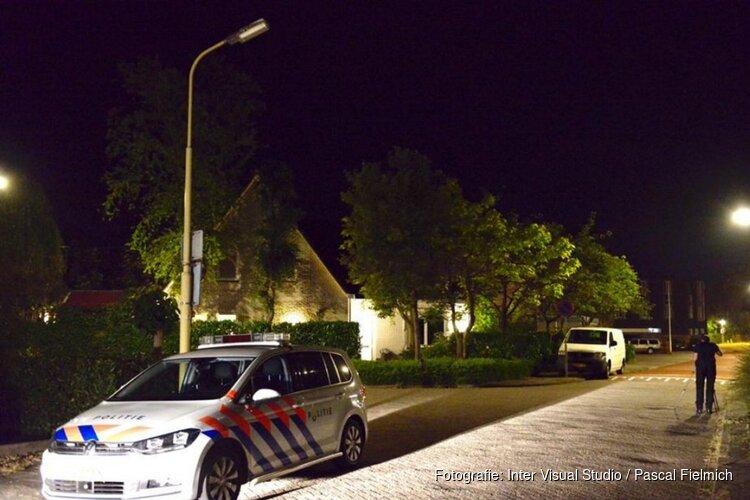 Jongen (18) meerdere keren gestoken bij straatroof Castricum, belt gewond aan bij woning
