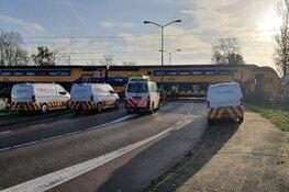 Aanrijding op spoorwegovergang Castricum. Tot in de middag geen treinen tussen Alkmaar en Uitgeest