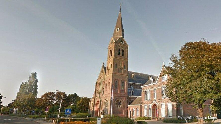 Iconische Corneliuskerk in Limmen verwoest door brand