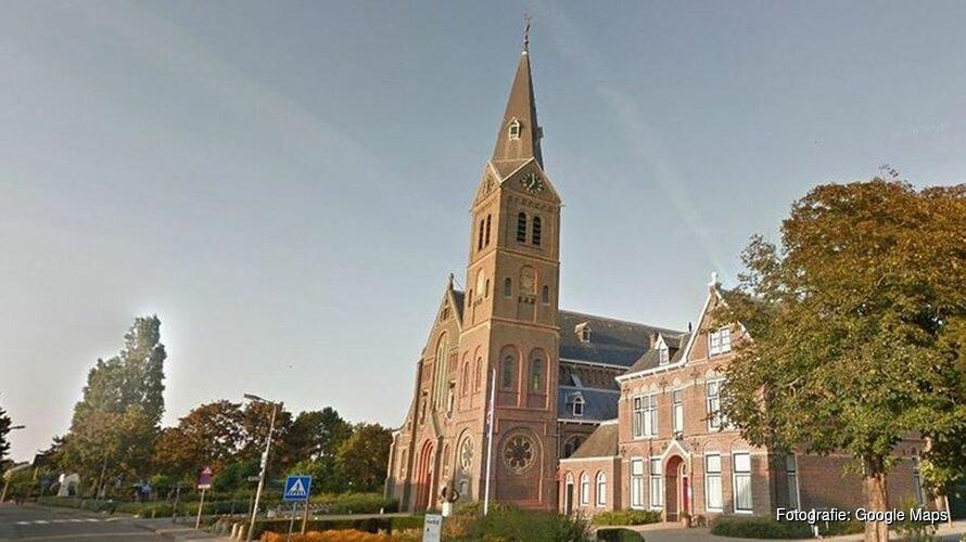 """Afgebrande Corneliuskerk zal uit de as herrijzen: """"De zon schijnt warm boven de kerk en Limmen"""""""