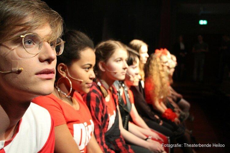 Theaterbende Heiloo gaat uitdaging met de klok aan