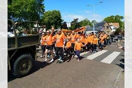 Bijzondere 5 mei viering voor het Bevrijdingsvuur estafetteteam van AV Castricum
