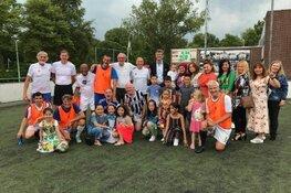 Tv rapportage EenVandaag over Oeigoeren bij FC Castricum