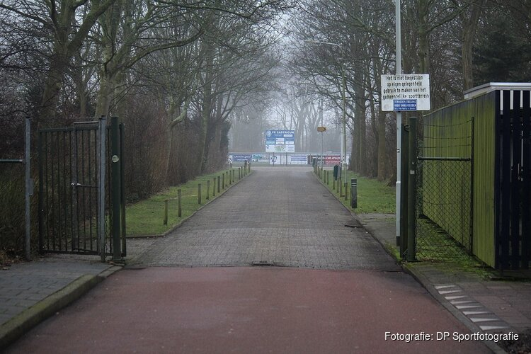 FC Castricum in slotfase naast HYS