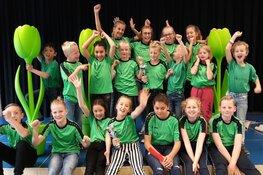 Basisschool Helmgras grote winnaar op schoolkorfbaltoernooi