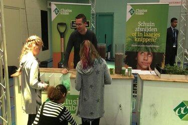 Clusius College Castricum zuivert water op techniek-evenement PET Zaanstad