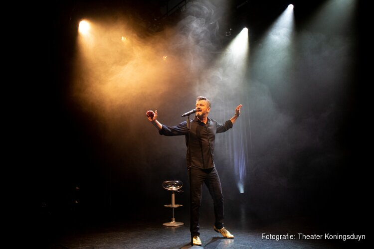 Kasper van Kooten in Theater Koningsduyn in Castricum op 23 november