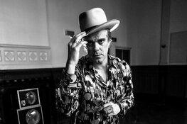 """JB Meijers, bekend van The Common Linnets en De Dijk, gaat solo met """"Delta Boy"""""""