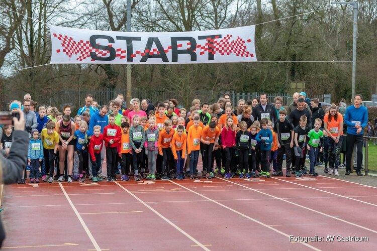 Derde AVC Strand- en duinloop; generale repetitie voor Egmond Halve Marathon