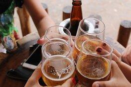 Minderjarigen krijgen te makkelijk alcohol bij cafetaria, horeca en supermarkten